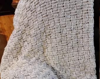 Basket weave lapgahn