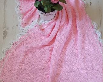 "Knitted/Crochet Baby Blanket 33""x24"""