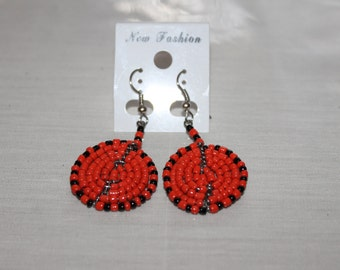 Cherry and Black Disc Shaped Beaded Earrings