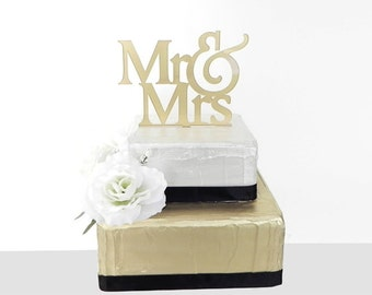 Cake Toppers - Mr&Mrs