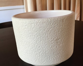 Gainey Style Textured Cylinder Pot - Free Shipping