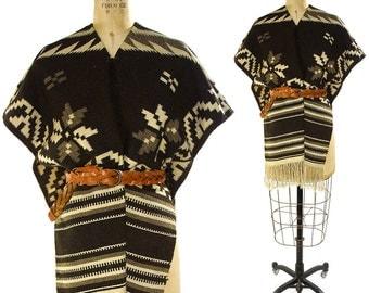 70s Woven Blanket Poncho / Vintage 1970s Mexican Serape with Fringe / Handwoven Hippie Boho Southwest Gypsy Bohemian Saltillo