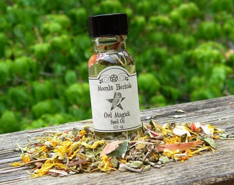 Owl Magick Spell Oil - Wisdom, Knowledge, Prophecy, Divination, Clarity, Totem Animal, Revealing That Which is Hidden, Pagan Ritual Supplies