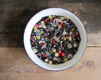 Vintage Buttons -  2 1/2 Lbs/Pounds