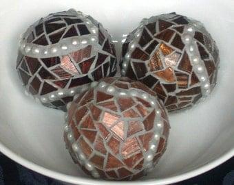 Decorative Mosaic Balls Set with Pearls