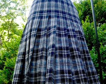Plaid Pendleton Wool Skirt - Size 12 - Drummond Tartan - 1980s
