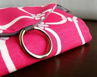 Stud Earring Holder. Traveler Gift. Pink Trellis Modern Travel Jewelry Organizer. Bridesmaid Gift Ideas. Travel Accessories. Jewelry Case