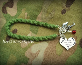 BRACELET: A Soldier or Airman holds the key to my heart Boot Band Blouser Bracelet SSG31 USMC Air Force military army national guard