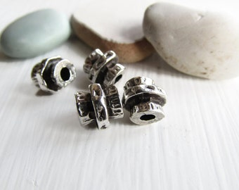 Antiqued silver beads, tube beads, metal casting, texture , silver plated antiqued / pewter tone 8mm x 9mm ( 8 beads) -  7Bs195