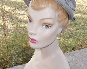 1950s Vintage Gray Felt Off the Face Hat Henry Pollak