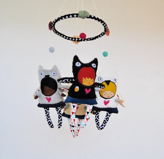 Baby Mobile --- Owl Girls