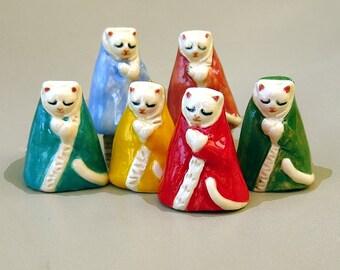 Jizo Kitty Cat Colorful Porcelain Tiny Collectible Miniature Ceramic Folk Art Kitten Figurine Buddhist