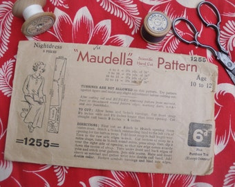 Vintage Sewing Pattern 1930s 1940s Girls Nightdress Nightgown 10 12 years 30s 40s nightie nightwear dressmaking pattern Maudella No. 1255 UK