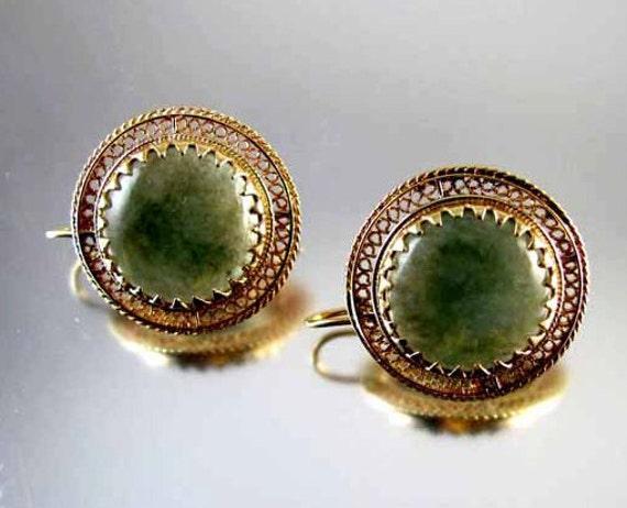 Vintage 14k gold mossy green agate filigree earrings
