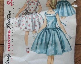 Vintage 50s Simplicity pattern 1633 Girls DRESS sz 8