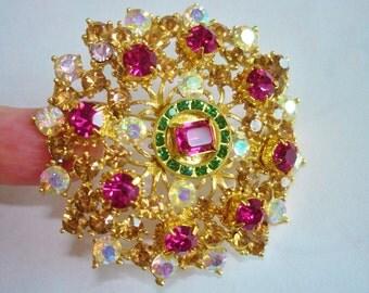 Signed Weiss Multi Tone Rhinestone Pearl Gold Filigree Brooch