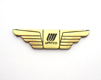 United Airlines Collectible Gold Plastic Wings Air Line Aviation Collectible Adhesive Back JUNIOR PILOT WINGS