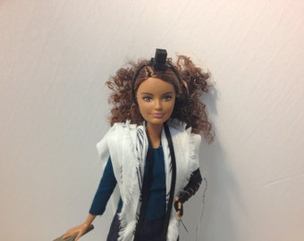 Tefillin Barbie, curly brown hair, petite build, Brown skin, & free worldwide shipping