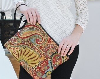 Clutch Coco/ Red paysley/ Burgundy clutch/ Bohemian/ Textured fabric