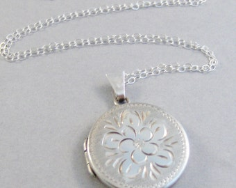 Adele,Vintage Locket,Sterling Silver Locket,Vintage Sterling,Locket,Vintage,Necklace,Silver Locket,OOAK Sterling Silver Locket,Wedding,