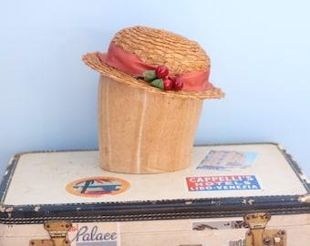1940s straw hat / 40s straw tilt hat / Himelhoch's cherry straw hat