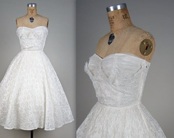 1950s strapless bridal dress • vintage 50s prom • cupcake party dress