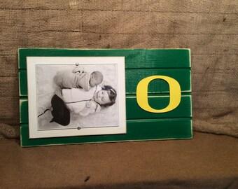 "University of Oregon Ducks picture frame holds 1-8""x10"" photo"