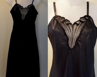 Vintage Black Full Slip, Vintage Slip, 1980s Slip, Van Raalte, Vintage Black Slip, Vintage Full Slip, Slip