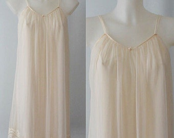 Vintage Ivory Chiffon Short Nightgown, French Maid, Chiffon Nightgown, 1960s Chiffon Nightgown, Vintage Nightgown