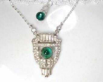 Vintage Art Deco Emerald Rhinestone Dress Clip Pendant Necklace, 1920 Bridal Necklace Green Paste Crystal Downton Abbey Gatsby Wedding