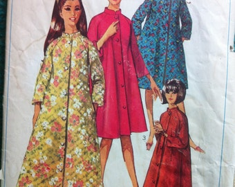 Simplicity 7362 Vintage 1960's Full or Knee Length Robe Pattern with Stand Up Collar and Raglan Sleeves -60's Lounge Wear -Size 14 Bust 34