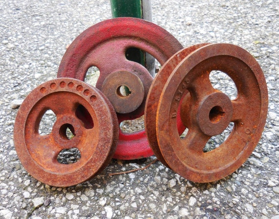 Antique Wheels And Gears : Three vintage metal wheels cast iron pulley groove gears