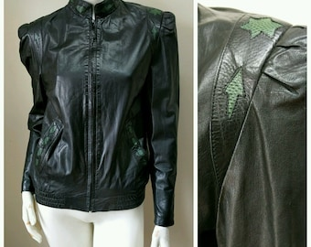 Vintage 80s Black Lambskin Leather Bomber Jacket S Green Lizard Thriller Puff Strong Shoulder