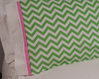 Travel/Baby ~ Green Chevron, white band with pink trim
