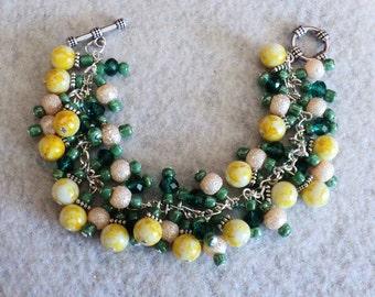 Beaded Bracelet, Spring Bracelet, Daffodil Bracelet, Easter Bracelet, Yellow and Green, Spring Jewelry, Easter Jewelry - SPRING DAFFODILS