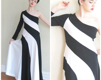 Vintage 1970s One Shouldered Evening Dress in Black and White Stripe / 70s Evening Gown Maxi Dress One Sleeved with Circle Skirt / Medium