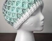 Crochet Lattice Hat - Light Green Variegated I
