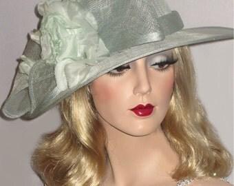 MINT JULEP- Mint Green Kentucky Derby Hat, Medium Brim Green Sinamay Derby Hat Large Bow, Mint Wedding Hat, Pale Green Tea Party Hat
