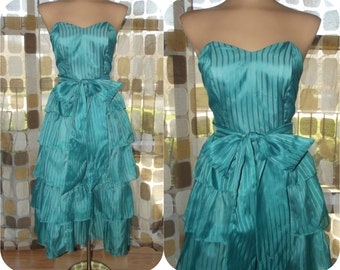 Vintage 70s 80s  Dress | 1980s Party Dress | Teal Sheer Chiffon | Cupcake Ruffles | Sweetheart Bustier Strapless | Tiered Sweep | Size S/M