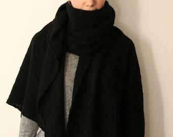 Huge amazing blanket shawl in black cashmere