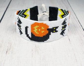 Halloween Jewelry - Halloween Cat and Pumpkin Bracelet - Holiday Bracelet - Cat Beaded Bracelet - Halloween Gifts - Beaded Bracelet