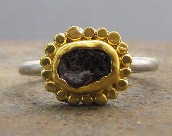 Rough Garnet Ring - 24k Gold Rind - Gold & Silver Ring - Garnet Engagement Ring - Rough Cut Garnet Ring
