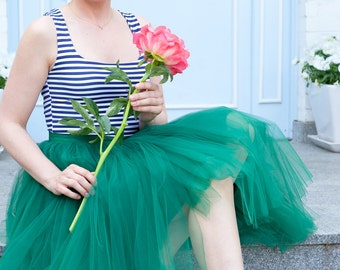 "ON SALE 50% off - Waist 28,3"" Sample Size, green tulle skirt, bridesmaid skirt, Waist 72cm - 28,3"""