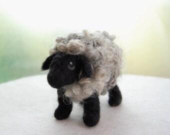 Needle Felted Black Sheep. Needle Felted Sheep Toy. Sheep Felted. Wool Felt Sheep. Felted Farm Animals. Needle Felted Lamb. Black Sheep Toys