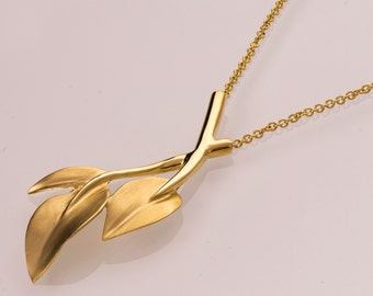 Leaves Pendant, 14K Gold Pendant, 14K Gold Necklace, Leaf Pendant, Vintage Pendant, filigree, antique, art nouveau