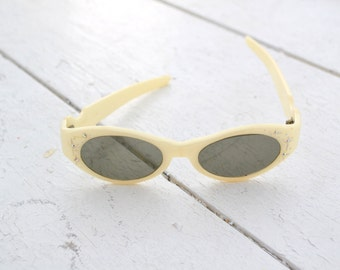 1950s Cool Ray Cream Sunglasses