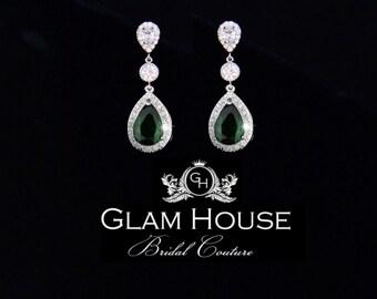 Emerald Green  Earrings, bridal earrings,green earrings,statement earrings,romantic wedding,mother of the bride gift,wedding jewelry,