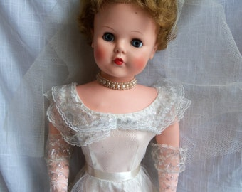 """Vintage Betty Beautiful Bride Doll Large 30"""" Tall"""
