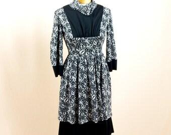 70s Black and White Floral Dress * 1970s Dress * Retro Dress * Flower Power Dress * Polyester Dress * 70s Black Dress * Secretary Dress