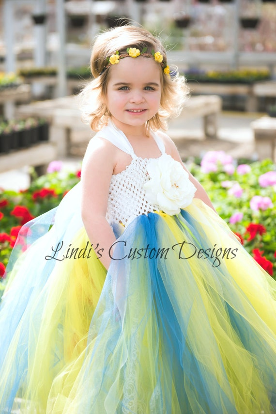 Find yellow color flower girl dresses in the latest styles and most affordable prices below from Girls Dress Line below. Free shipping on all orders over $